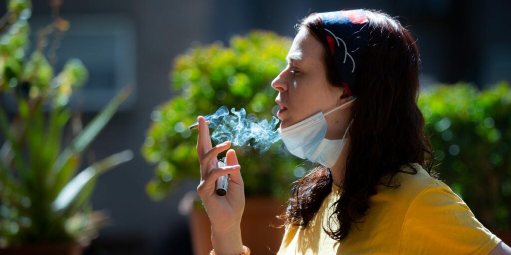 1 in 3 young people are vulnerable to serious coronavirus infections, a new study recommends. Smoking cigarettes might be to blame.